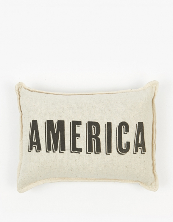 IZOLA NYC America Balsam Pillow | HEIGHTS. | 하이츠 온라인 스토어