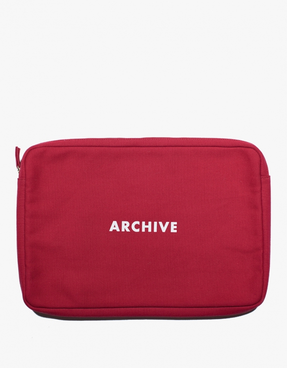 "IZOLA NYC Labtop Pouch 13"" - Archive 