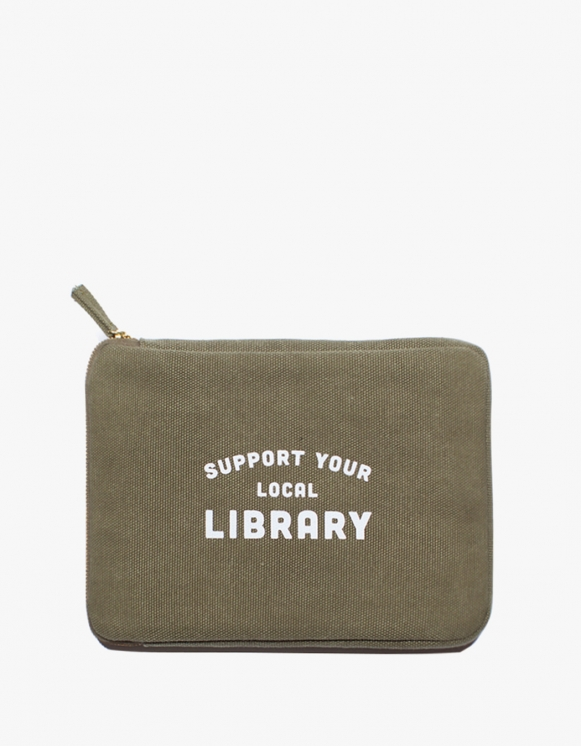 IZOLA NYC Ipad Mini Pouch - Library | HEIGHTS. | 하이츠 온라인 스토어