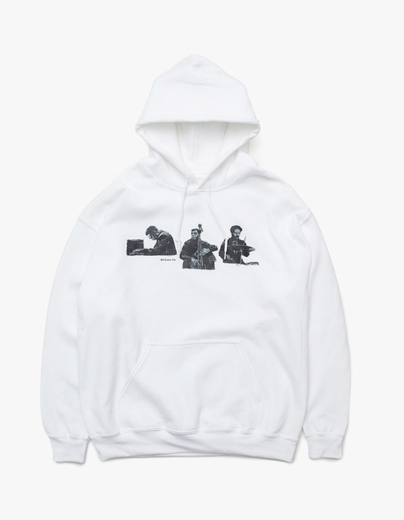 sounds good! Bill Evans Trio Hoodie - White | HEIGHTS. | 하이츠 온라인 스토어