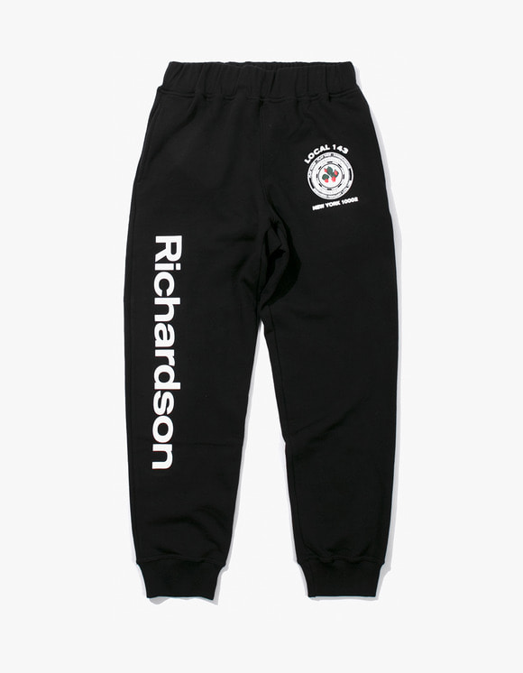 Richardson Strawberry Teamster Sweatpants - Black | HEIGHTS. | 하이츠 온라인 스토어