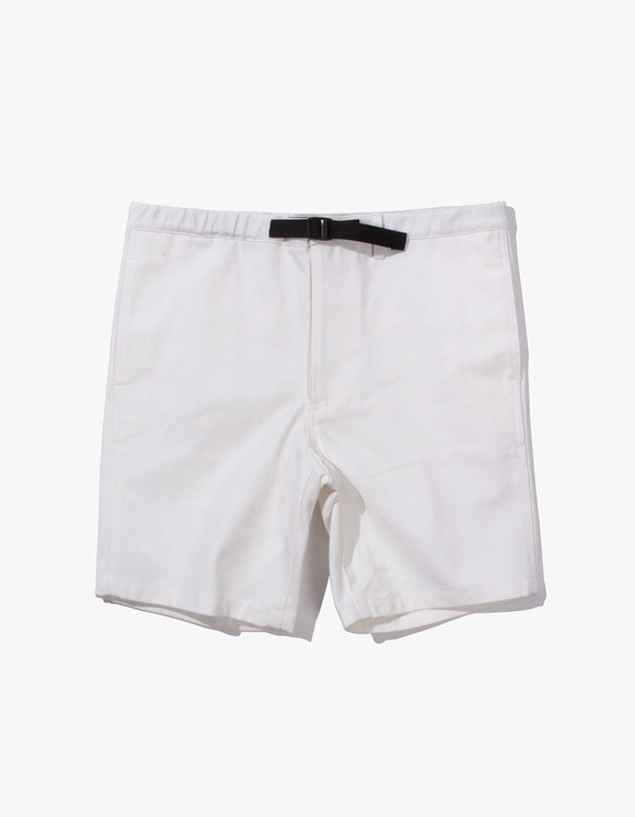 IZOLA NYC Cotton Twill Belted Short - Natural | HEIGHTS. | 하이츠 온라인 스토어