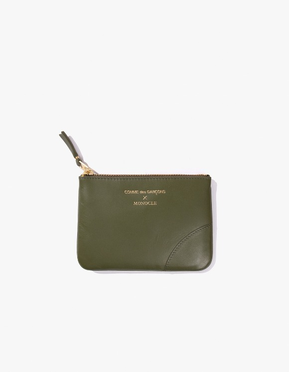 Monocle Comme Des Garçons x Monocle Small-Zip Pouch - Olive | HEIGHTS. | 하이츠 온라인 스토어
