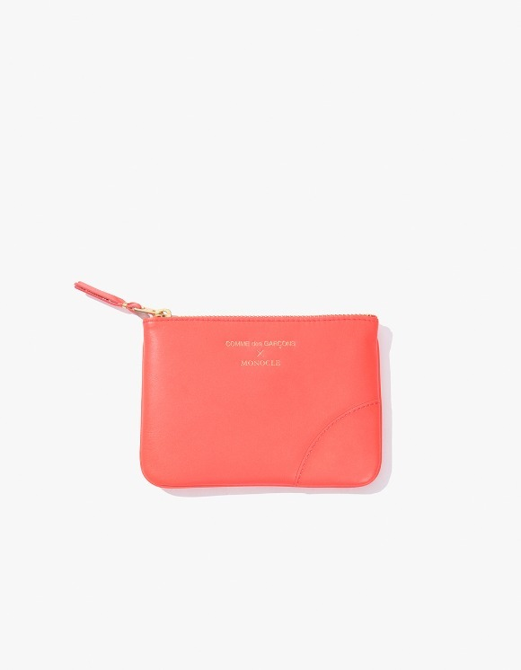 Monocle Comme Des Garçons x Monocle Small-Zip Pouch - Pink | HEIGHTS. | 하이츠 온라인 스토어