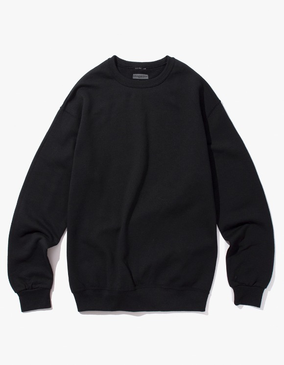 Stingwater Groe Together Sweater - Black | HEIGHTS. | 하이츠 온라인 스토어