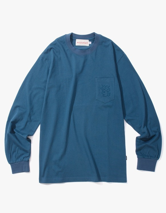 Victoria Hong Kong Queen Head Pocket L/S Tee - Midnight Blue | HEIGHTS. | 하이츠 온라인 스토어