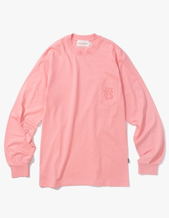 Victoria Hong Kong Queen Head Pocket L/S Tee - Salmon | HEIGHTS. | 하이츠 온라인 스토어