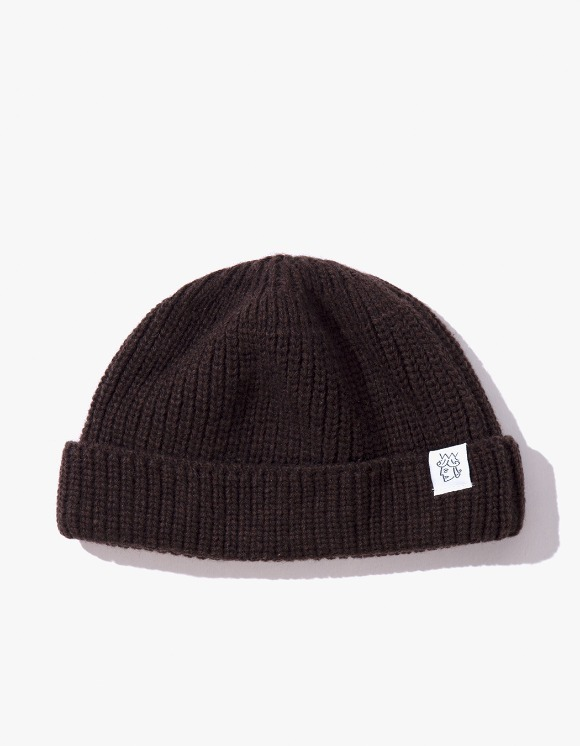 Victoria Hong Kong Flagtag Beanie - Brown | HEIGHTS. | 하이츠 온라인 스토어