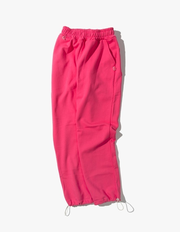 Kruchi lab Keyring point sweat pants - Pink | HEIGHTS. | 하이츠 온라인 스토어