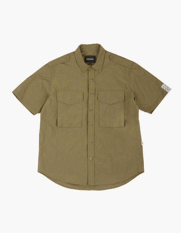 yeseyesee Safary Shirt - Olive | HEIGHTS. | 하이츠 온라인 스토어