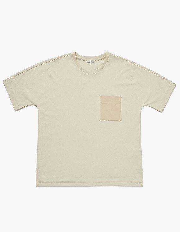 AECA WHITE BILL Pocket Tee - Beige | HEIGHTS. | 하이츠 온라인 스토어