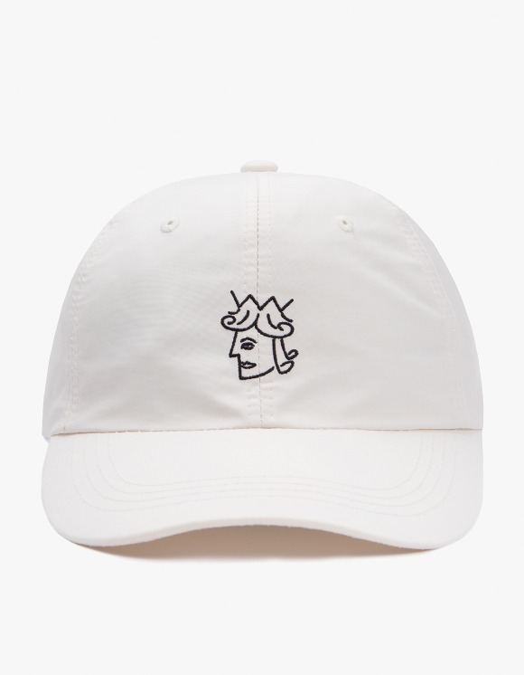 Victoria Hong Kong Queenhead Nylon Cap - Cream | HEIGHTS. | 하이츠 온라인 스토어