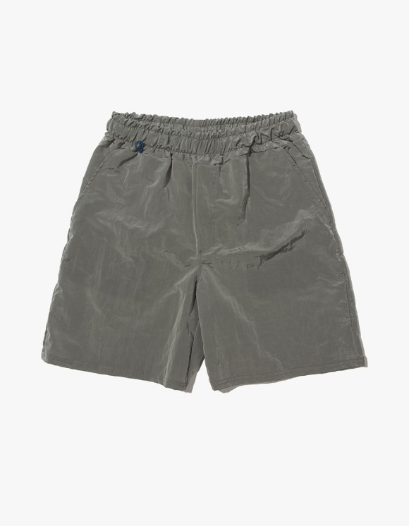 Kruchi lab Keyring Shorts pants - Grey | HEIGHTS. | 하이츠 온라인 스토어
