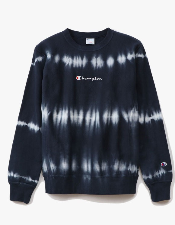 Champion REVERSE WEAVE® 10oz Tie Dye Crewneck - Navy | HEIGHTS. | 하이츠 온라인 스토어