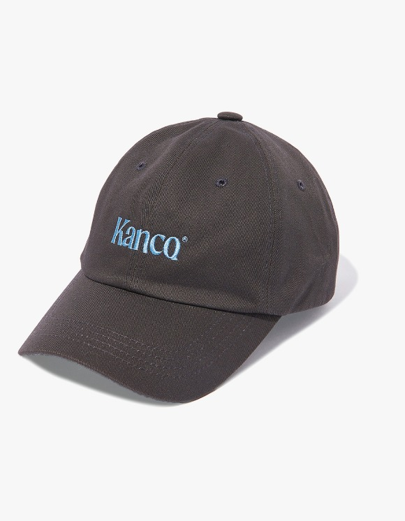 KANCO KANCO SERIF LOGO CAP charcoal | HEIGHTS. | 하이츠 온라인 스토어