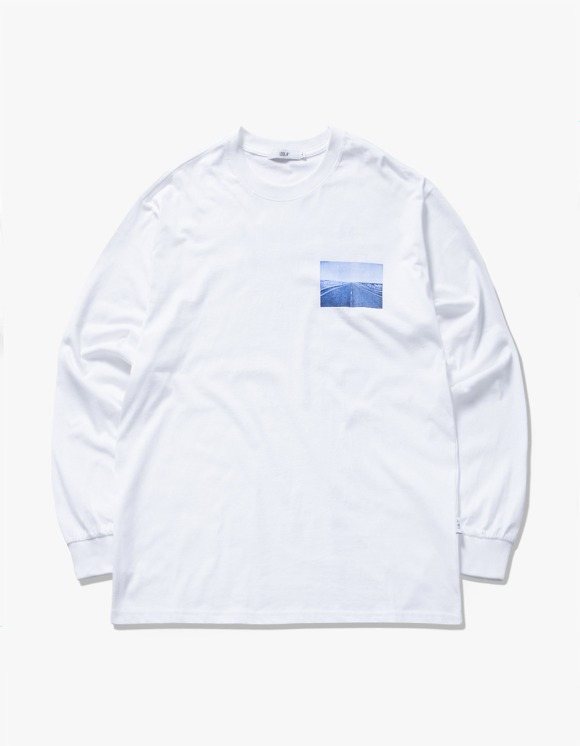 IZOLA NYC Bridges L/S Tee - White | HEIGHTS. | 하이츠 온라인 스토어