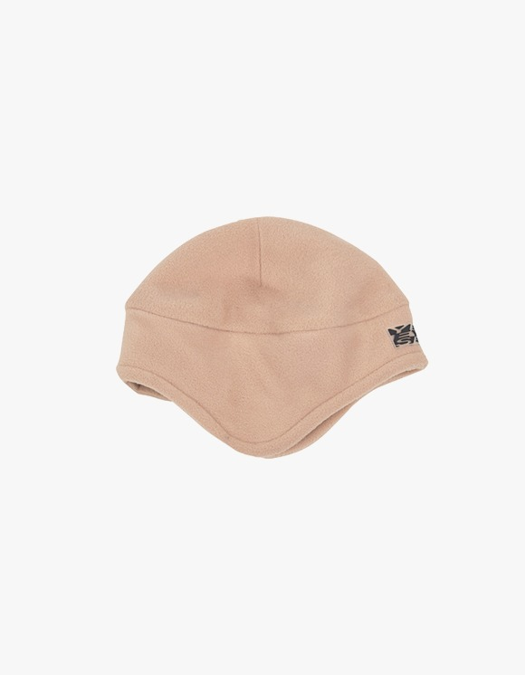 yeseyesee Y.E.S Fleece Earflap Beanie - Beige | HEIGHTS. | 하이츠 온라인 스토어
