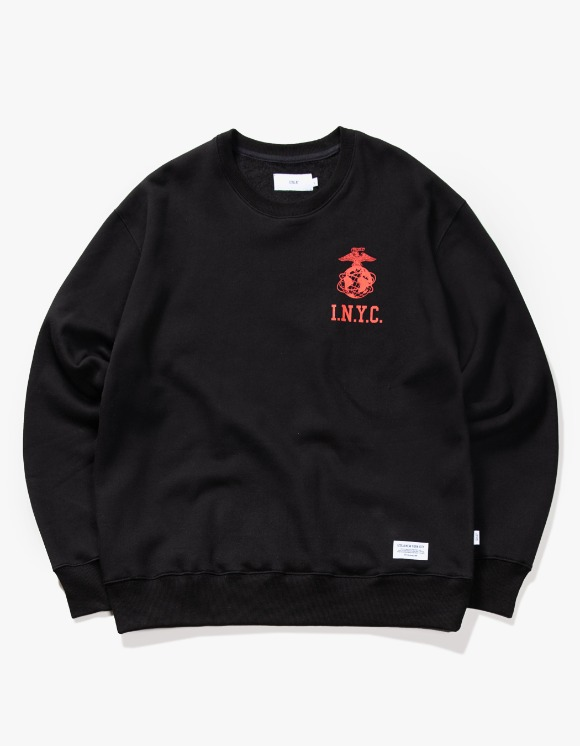 IZOLA NYC I.N.Y.C Logo Crewneck - Black | HEIGHTS. | 하이츠 온라인 스토어