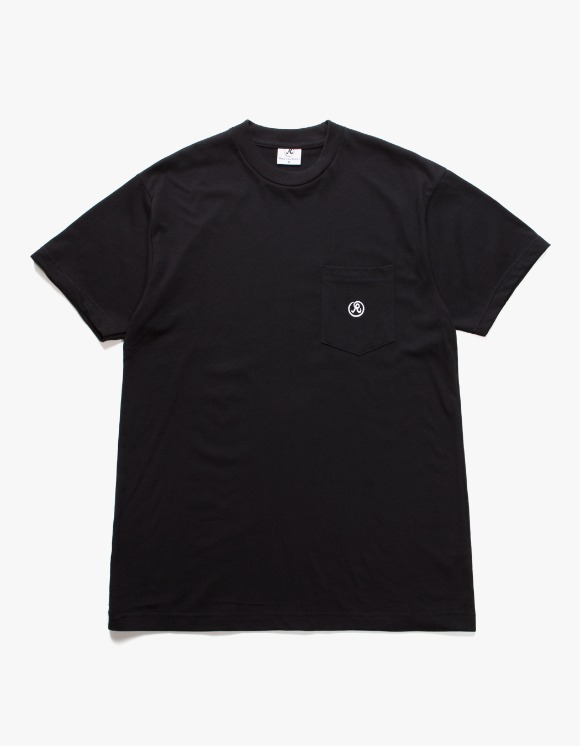 Richardson Pocket T-shirts - Black | HEIGHTS. | 하이츠 온라인 스토어