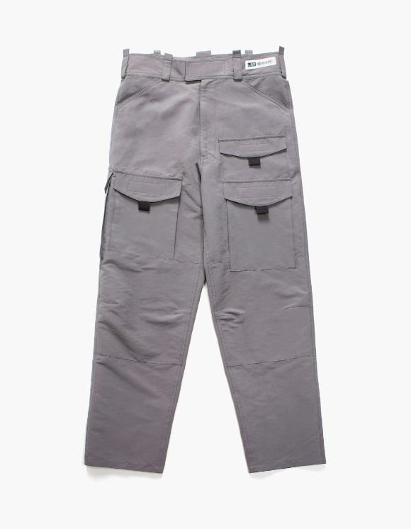 Lores Utility Cargo Pants - Charcoal Grey | HEIGHTS. | 하이츠 온라인 스토어