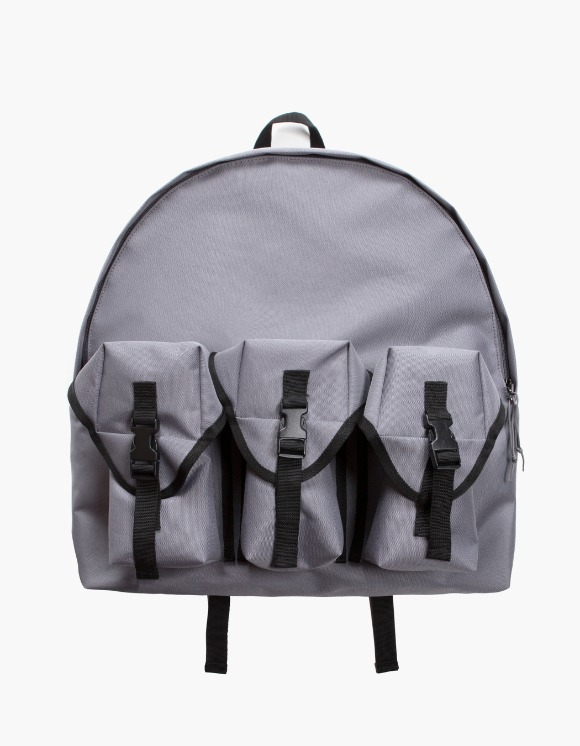 Lores 3 Pocket Backpack - Charcoal Grey | HEIGHTS. | 하이츠 온라인 스토어