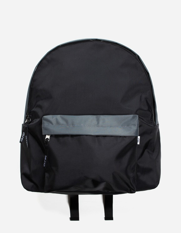 IZOLA NYC 2 Tone Daypack - Black/Grey | HEIGHTS. | 하이츠 온라인 스토어