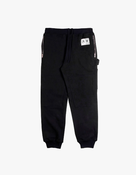 Richardson Engineered Sweat Pants - Black | HEIGHTS. | 하이츠 온라인 스토어