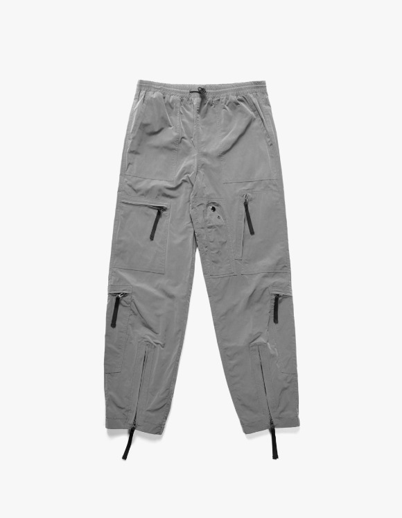 Lores Parachute Utility Pants - Grey | HEIGHTS. | 하이츠 온라인 스토어