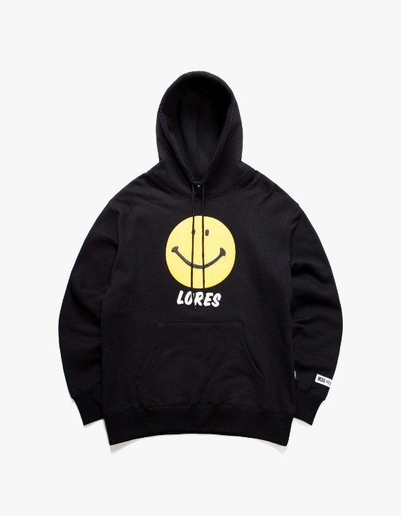 LORES Smile Pullover Hoodie - Black | HEIGHTS. | 하이츠 온라인 스토어