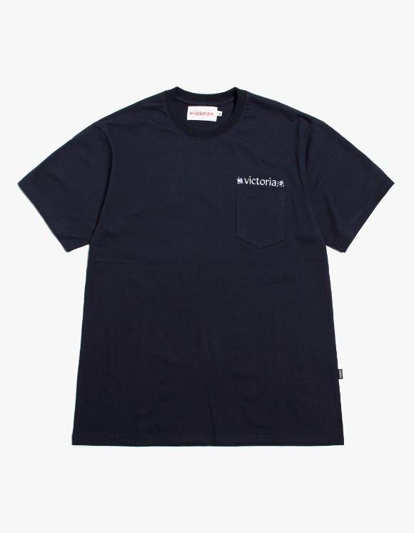 Victoria Hong Kong Linguistics S/S Pocket Tee - Navy | HEIGHTS. | 하이츠 온라인 스토어