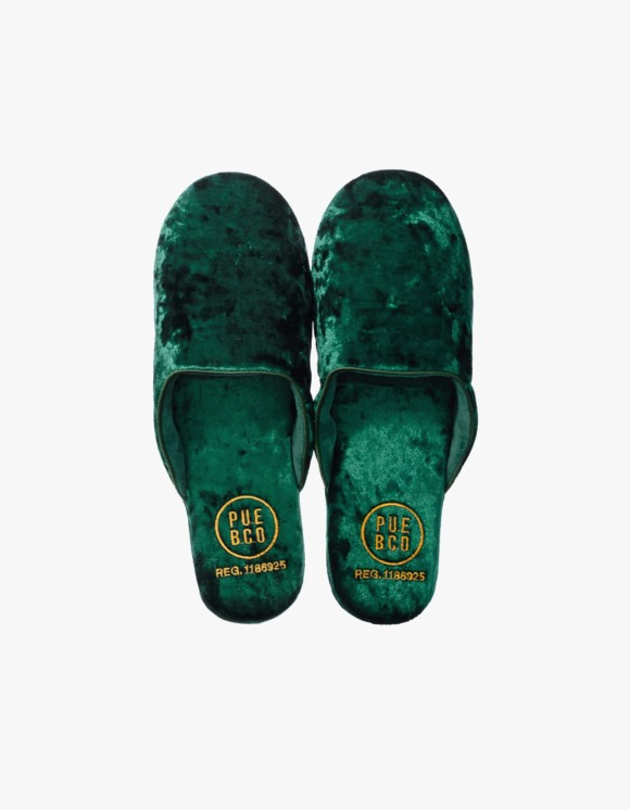 PUEBCO INC. Velvet Slipper, Large - Green | HEIGHTS. | 하이츠 온라인 스토어