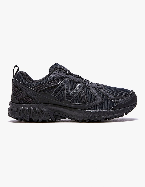 New Balance MT410V5 - Black | HEIGHTS. | 하이츠 온라인 스토어
