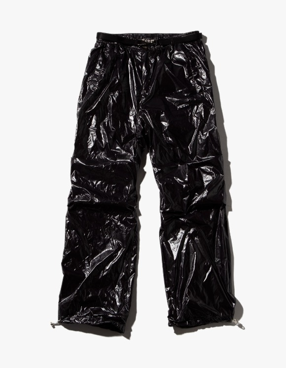JOEGUSH Glossy Track Pants - Black | HEIGHTS. | 하이츠 온라인 스토어