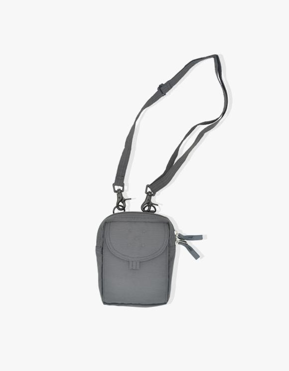 Pop Trading Company Passport Pouch - Anthracite | HEIGHTS. | 하이츠 온라인 스토어