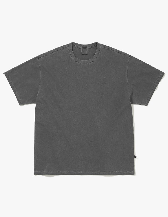 thisisneverthat Overdyed INTL. Logo Tee - Charcoal | HEIGHTS. | 하이츠 온라인 스토어