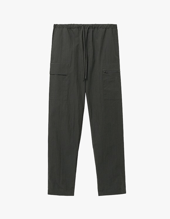 AECA WHITE (un)Balance Cargo Pants - Charcoal | HEIGHTS. | 하이츠 온라인 스토어