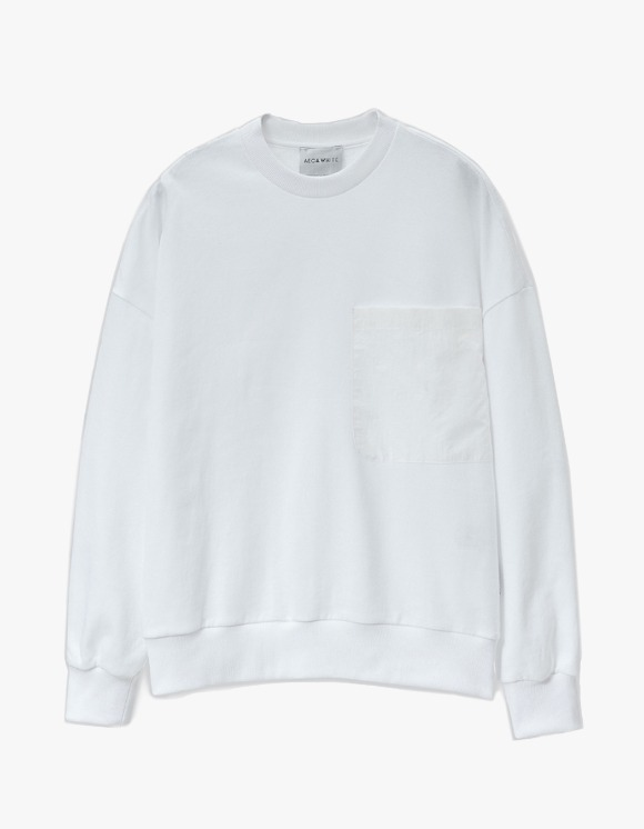 AECA WHITE Big Pocket Oversize Sweatshirt - White | HEIGHTS. | 하이츠 온라인 스토어