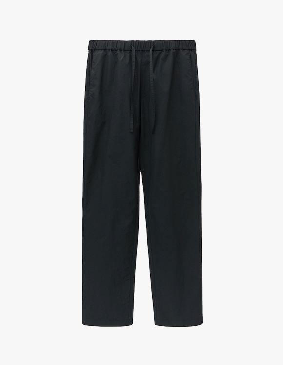 AECA WHITE Double Pocket Relaxed Trousers - Black | HEIGHTS. | 하이츠 온라인 스토어