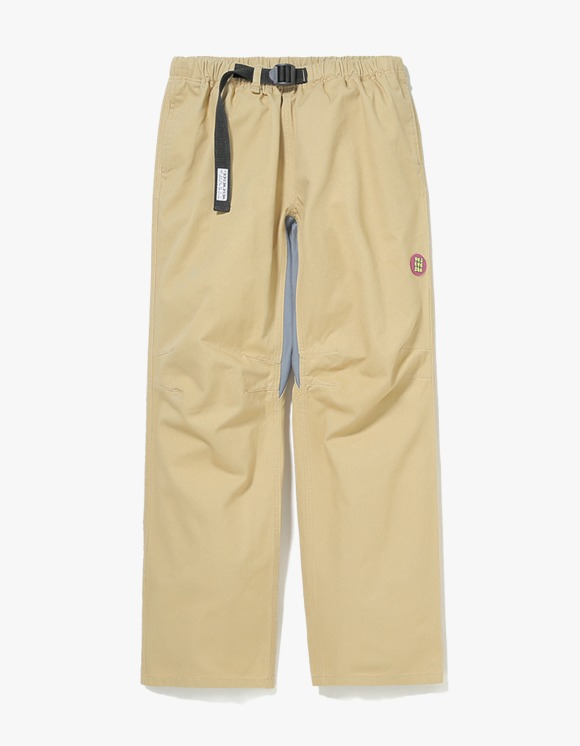 yeseyesee Camper Pants - Beige | HEIGHTS. | 하이츠 온라인 스토어