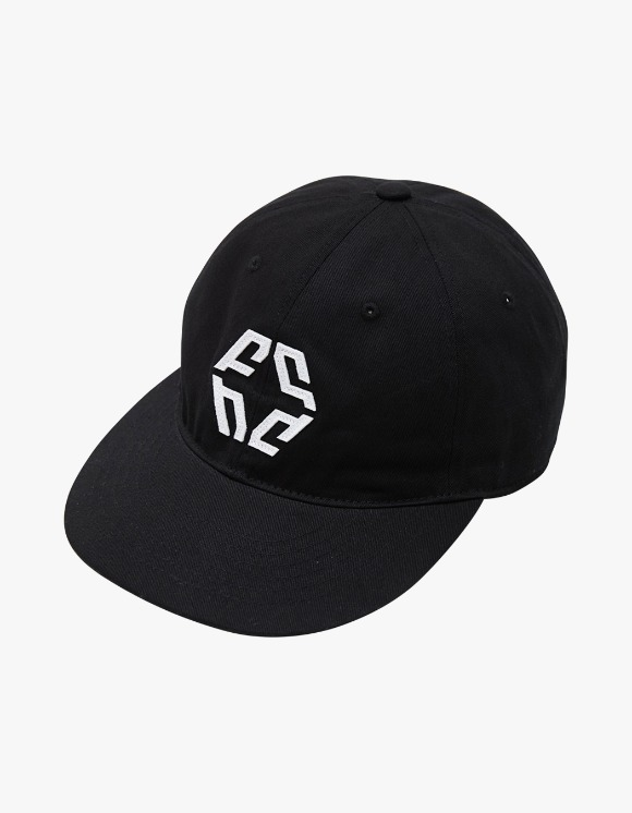 NIVELCRACK Logo 6 Panel Cap - Black | HEIGHTS. | 하이츠 온라인 스토어