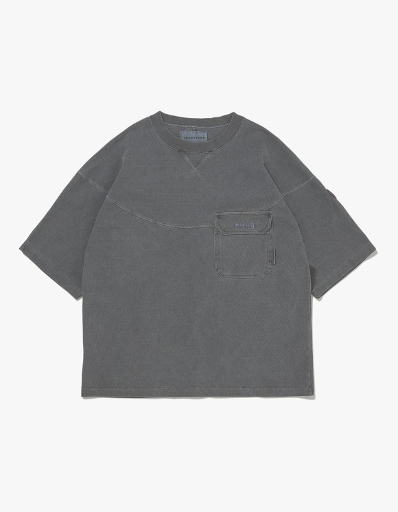 yeseyesee Wide 3 Panel Tee - Black | HEIGHTS. | 하이츠 온라인 스토어