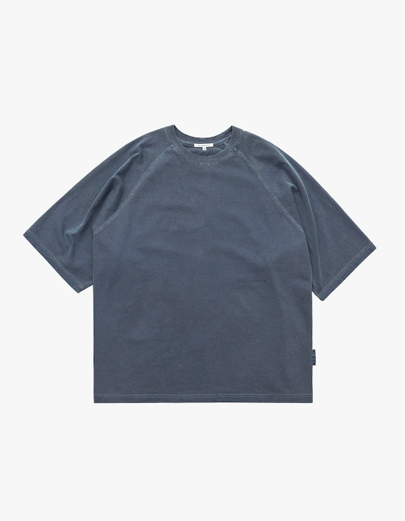 AECA WHITE Oversize Raglan Tee - Washed Navy | HEIGHTS. | 하이츠 온라인 스토어