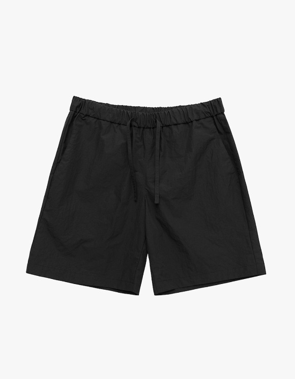 AECA WHITE Summer Essential Shorts - Black | HEIGHTS. | 하이츠 온라인 스토어
