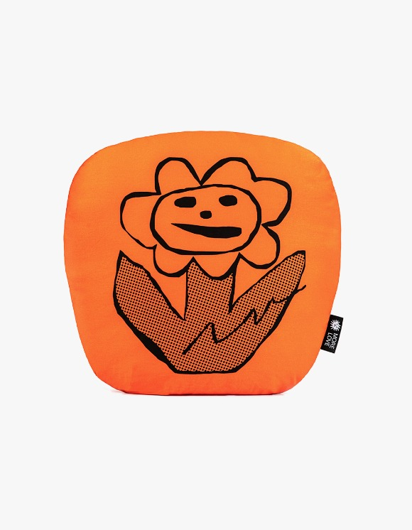 Balansa X More Love By Kentaro Flower Cushion - Orange | HEIGHTS. | 하이츠 온라인 스토어