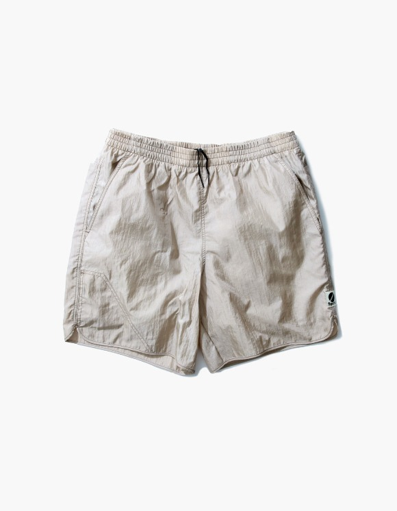 Heritage Floss Nylon Diamond Washer Shorts II - Beige | HEIGHTS. | 하이츠 온라인 스토어