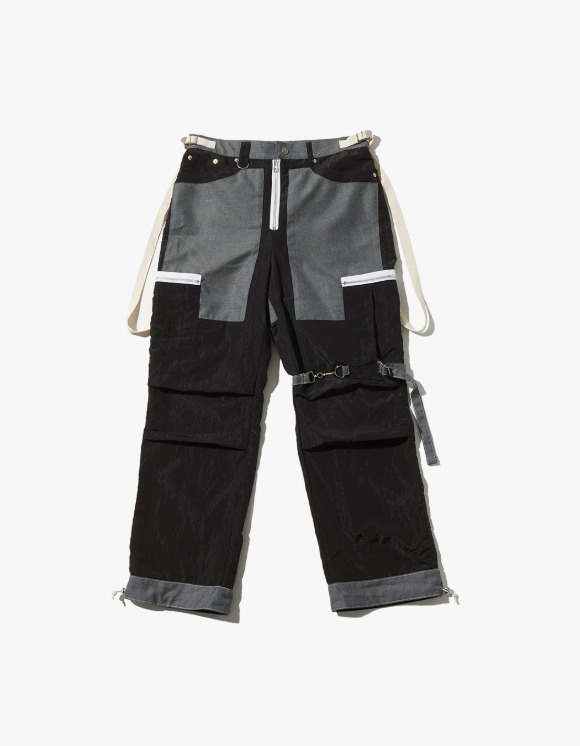 JOEGUSH Tactical Cargo Pants - Black | HEIGHTS. | 하이츠 온라인 스토어