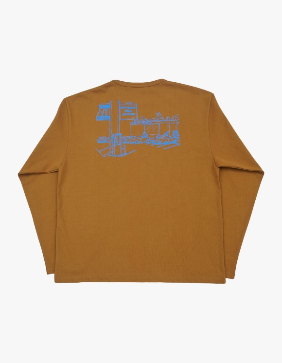 Technophobe EZMONSTER Restaurant L/S Tee - Camel | HEIGHTS. | 하이츠 온라인 스토어