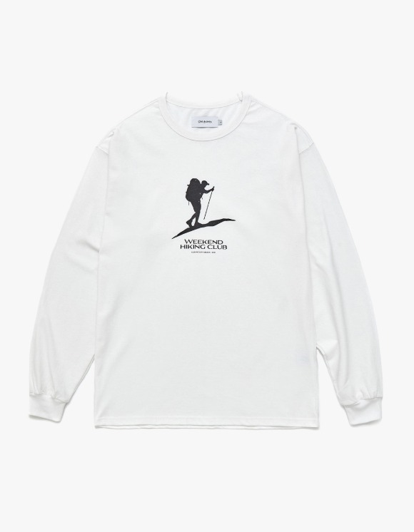 Club Activity Weekend Hiking Club Long Sleeves - White | HEIGHTS. | 하이츠 온라인 스토어
