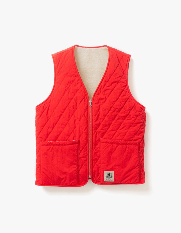 Victoria Hong Kong Reversible Vest - Red | HEIGHTS. | 하이츠 온라인 스토어