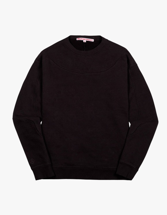 Richardson Yoke Crewneck - Black | HEIGHTS. | 하이츠 온라인 스토어